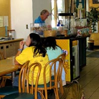 volunteers-staffing-library-cafe64.jpg